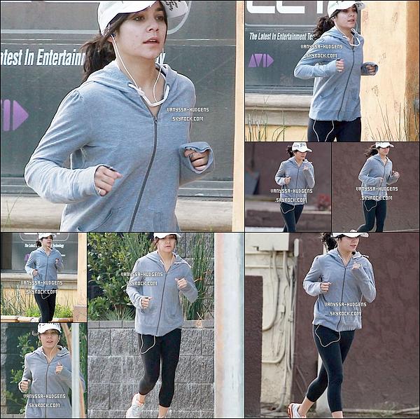 . 23/02/11 : Miss Hudgens a été vue alors qu'elle faisait son jogging quotidien à Los Angeles.TOP/FLOP ?   24/02/11 : Beastly approche, Nessa était donc à l'avant première du film au The Grove's Pacific Theater. .