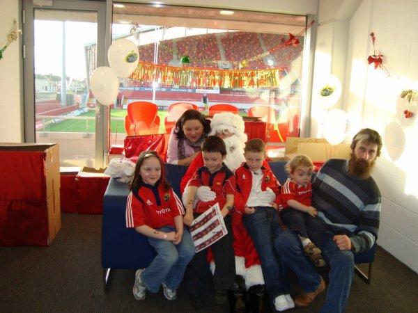 Nollag i Thomond Park Stadium • 1 :) Un Noël à Thomond Park Stadium • 1 :)