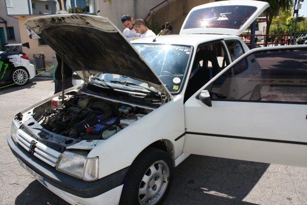 Custom CAR 30 a ST Christol les ALES 24 juillet 2011