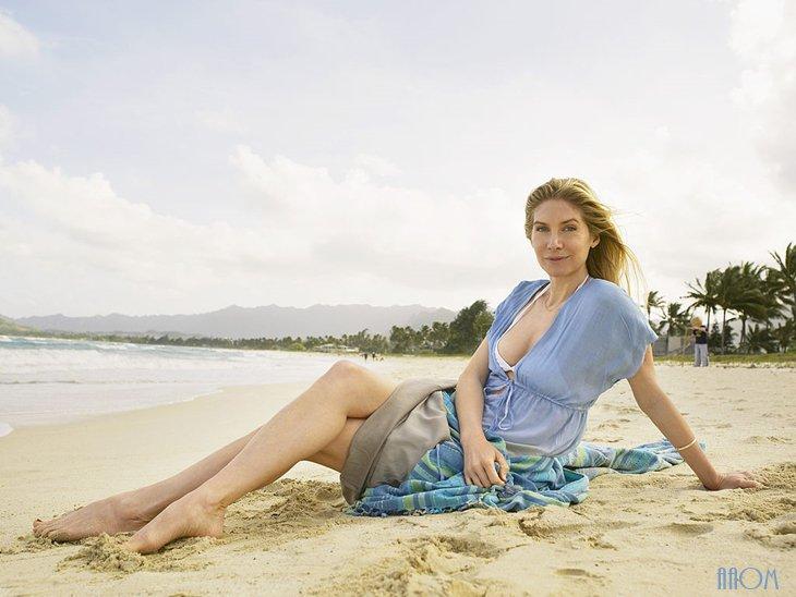 Elizabeth Mitchell photoshoot venice 2010