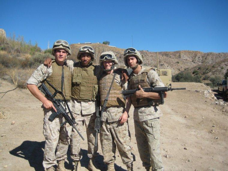 Ryan Eggold dans Battle Scars film