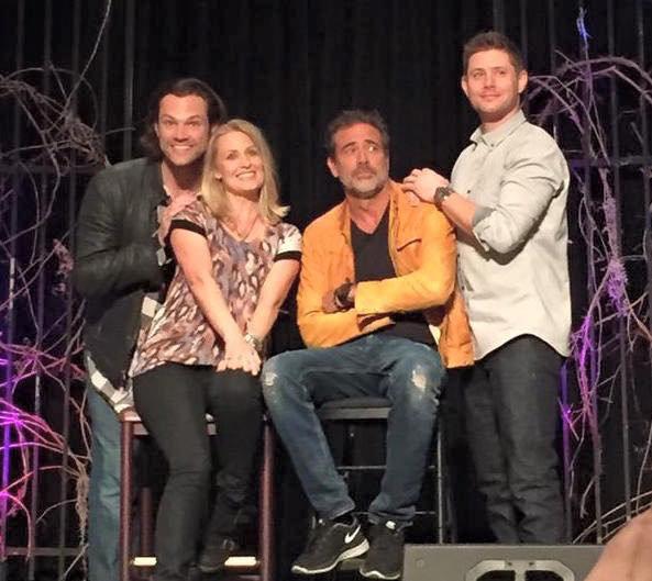 That awkward family photo ! x) <3