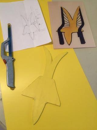 """La maquette de mon premier dessin de chaise """"souhait envolée"""" avance;p bonne fin de vac à vous tous!:) (le bleu sur le dessin sera couleur aluminium)"""