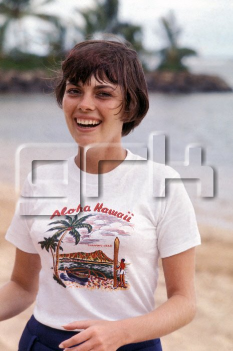 Mireille Mathieu à Hawaï en 1970