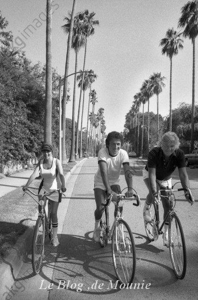 Mireille Mathieu, Michel Drucker et Johnny Stark à Los Angeles