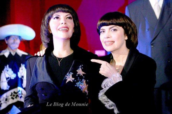 Mireille Mathieu et don double de cire au Musée Grévin à Paris