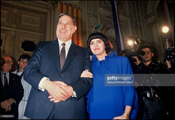 Charles Pasqua et  Mireille MAathieu