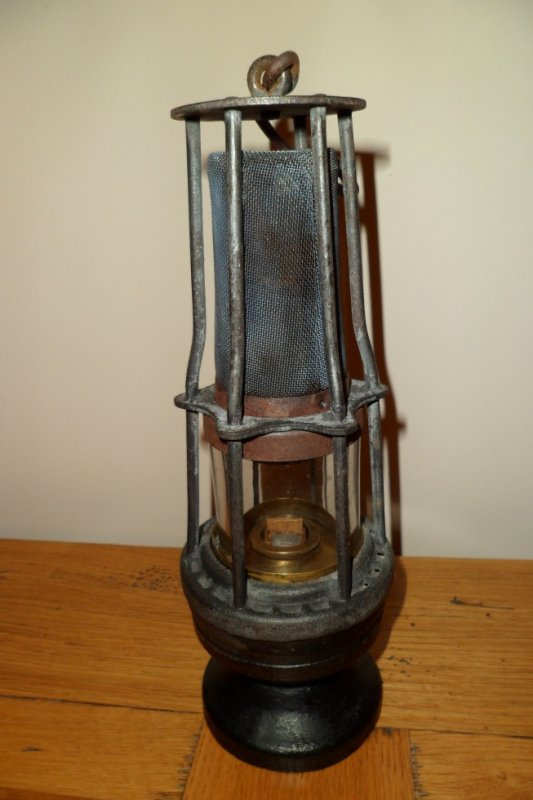 lampe cosset dubrulle