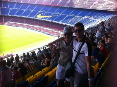 Moi et Adri au Camp Nou !!