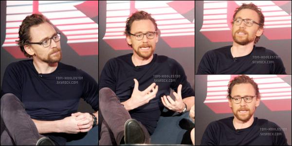 11.10.2017 : Tom Hiddleston était à la conférence de presse pour Thor Ragnarok - J'adore sa tenue et vous ?