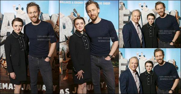 """06.10.2017 : Tom était avec Maisie Williams pour la première de """"Early Man"""" où il prête sa voix à Londres"""