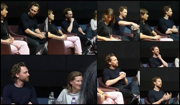 02.09.2018 : Après un mois sans nouvelles Tom Hiddleston s'est rendu au Cinéma Lexi qui est situé à Londres