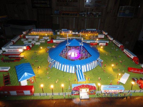 Cirque BOQUEL la nuit