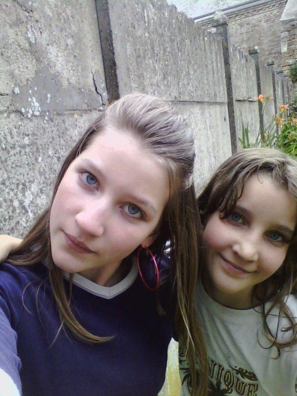 Moi et ma sister <3