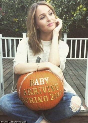 Camilla Luddington enceinte de son premier enfant !
