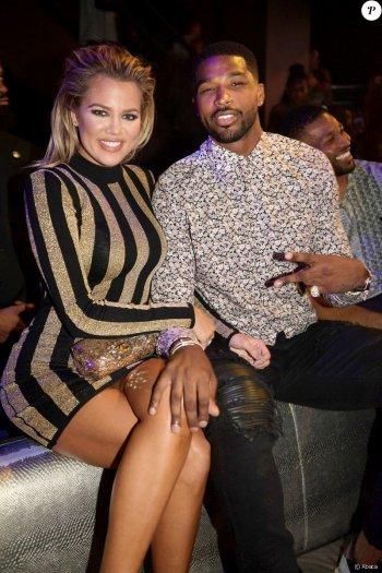 Khloé Kardashian enceinte de son premier enfant !
