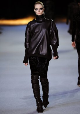 Fashion Week Paris-Défilé Kanye West + 2 tenues Hakaan