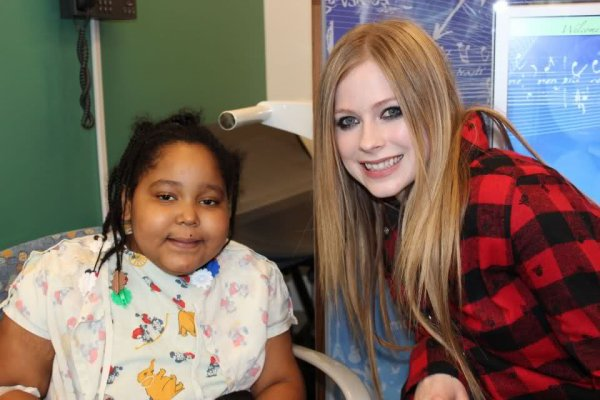 At the Mattel Children's Hospital - Avril 5, 2012