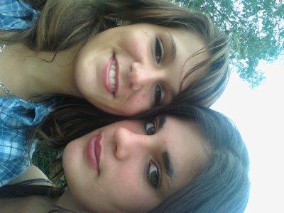 les deux filles les plus chere a mes yeux