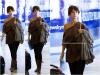 * 17.09.2010 : Jennifer arrivant à l'aéroport LAX de Los Angeles.  *