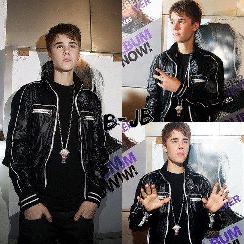 - Justin était a la conférence de presse qui a eu lieu à Anvers en Belgique -