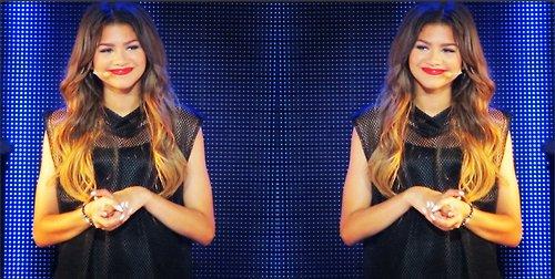 Quelques nouvelles photos de zendaya dans son nouveau concert !!