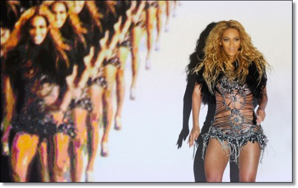 © Beyoncé rélève l'inspiration du live de Run The World