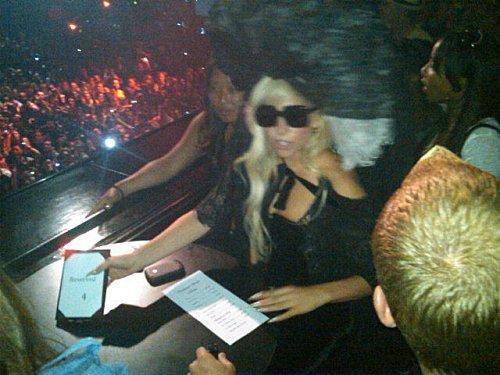 - Lady Gaga au concert de Beyoncé + Pub de Pulse