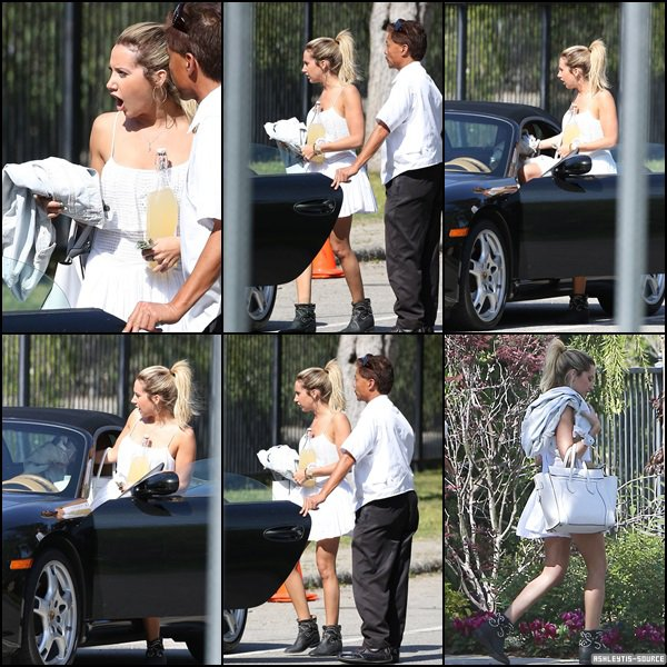 24.03.2013 - Ashley et sa maman ont été aperçues chez Selena Gomez pour une fête à Tarzana.