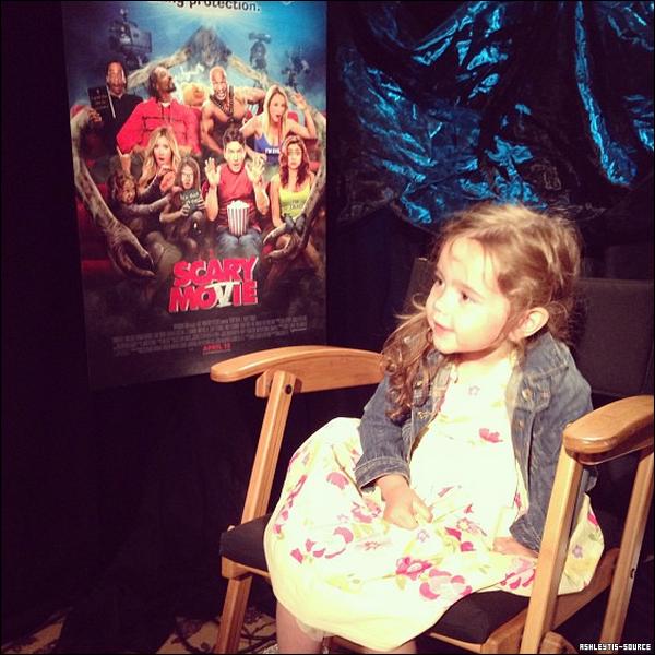 04.04.2013 - Journée interviews pour Ashley.