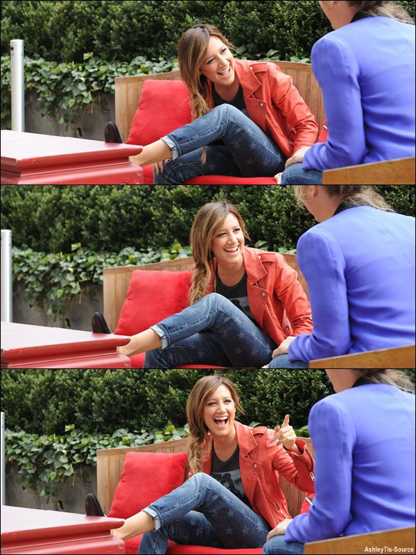 10.04.2013 : Ashley en pleine interview pendant son séjour à New-York pour la promo de Scary Movie 5.