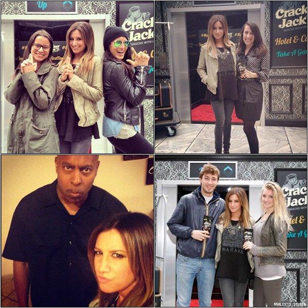 15.05.2013 - Ashley était à New-York pour le lancement de nouveaux produits de la marque Cracker Jack'D.