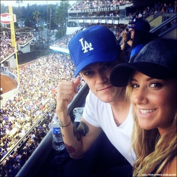 27.07.2013 - Ashley et Christopher ont assisté à un match de Baseball.
