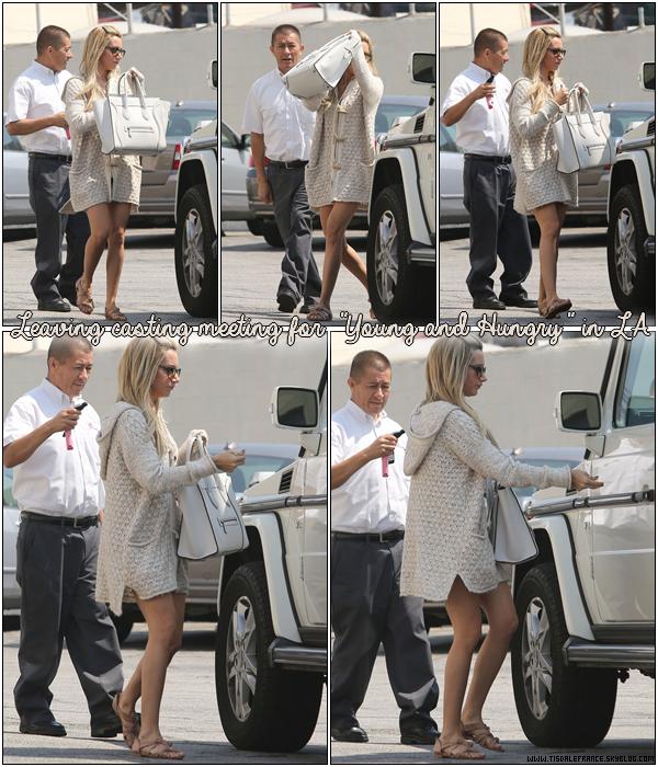 """11.09.2013 - Ashley quittant un studio de casting pour la série """"Young and Hungry"""" à Los Angeles.Je vous rappelle que la série est produite par la société de production d'Ashley et elle sera normalement diffusée pour la chaine ABC."""