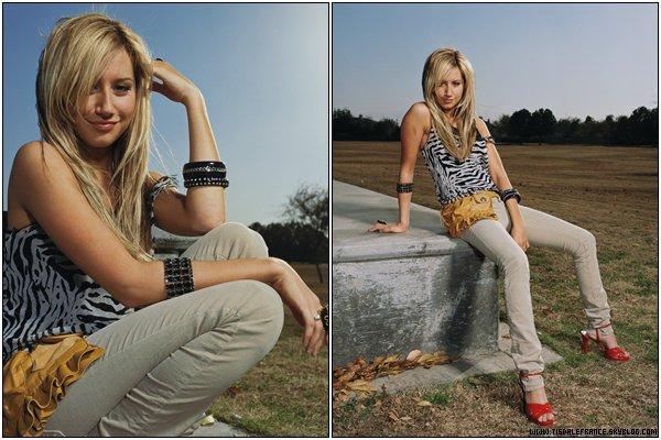 (Re)Découvrez un photoshoot d'Ashley et du casting de HSM datant de 2006 réalisé par Justin Stephens