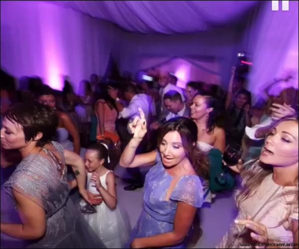 _Instagram_ • Photos de Ashley & Christopher au mariage de leurs amis Nikki Lee, l'année dernière   Les photos de cette journée sont ICI