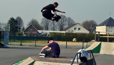 - Si j'aime le skate parc? affirmatif.
