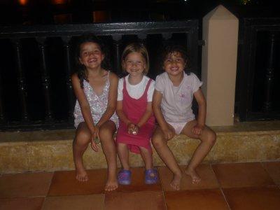 mes 2 petites soeurs