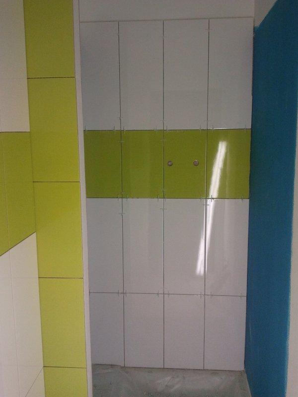 21 septembre 2012 la faence dans la sdb du bas avance blanc et vert - Faience Vert Et Blanc