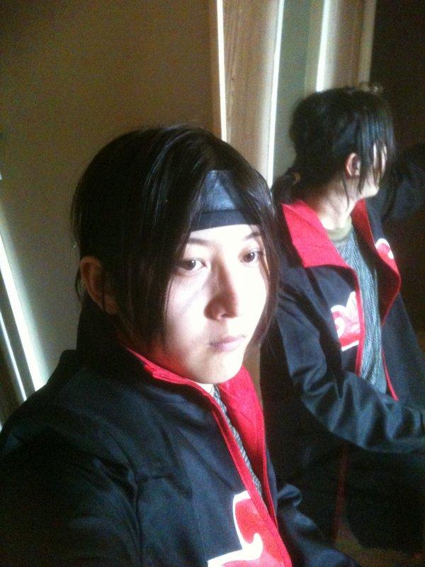 moi cosplay itachi