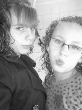 moi  et   ma soeur   ♥