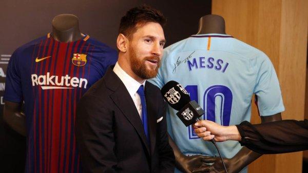 """Lionel Messi : """"Content de rester à la maison"""""""