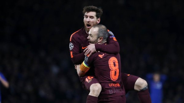 """Andrés Iniesta : """"Au match retour, ils devront se découvrir"""""""