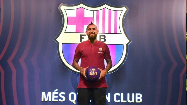 """Arturo Vidal : """"Je suis heureux, je veux tout gagner avec le Barça"""""""