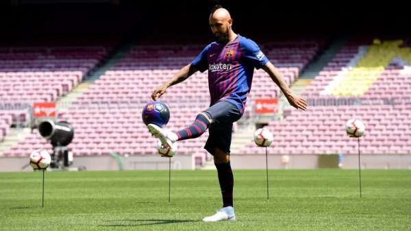 Arturo Vidal présenté officiellement au Camp Nou