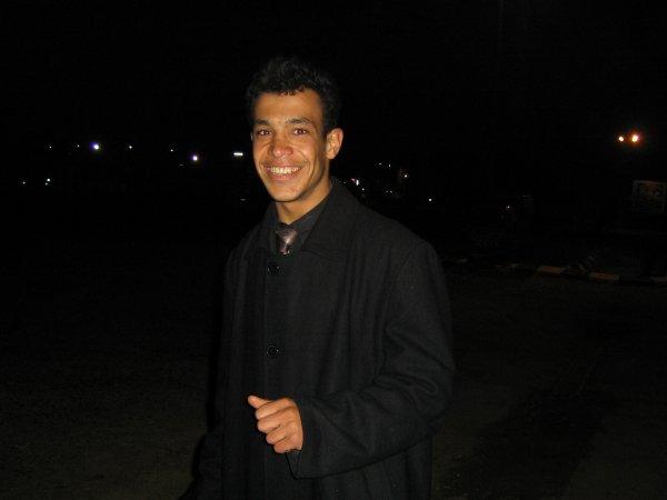 TouJour Moi OmaR NhiLi EL Kasrawi