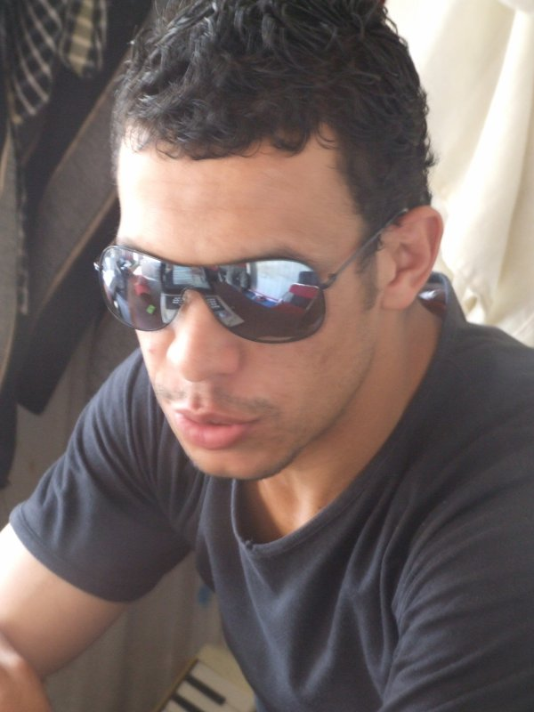 Moi NhiLi Omar De Ksar EL Kabir