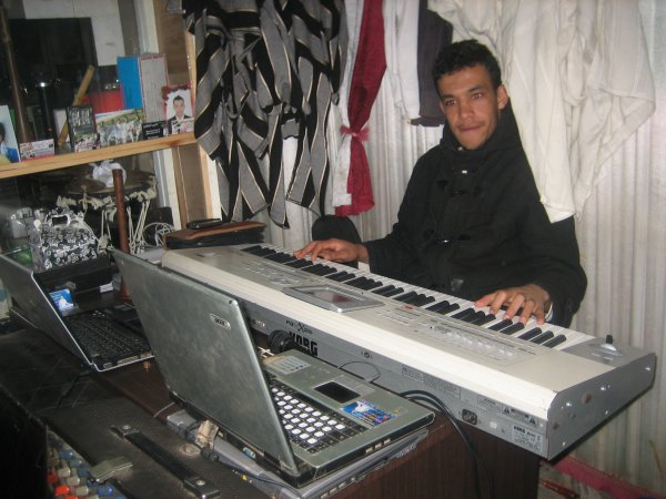 Muzic NhiLi Omar