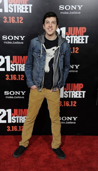 """Christopher Mintz-Plasse arrive à la première de Columbia de """"21 Jump Street"""""""