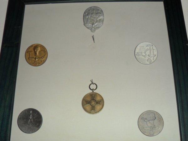 rentrer de quelques medailles 3 REICH
